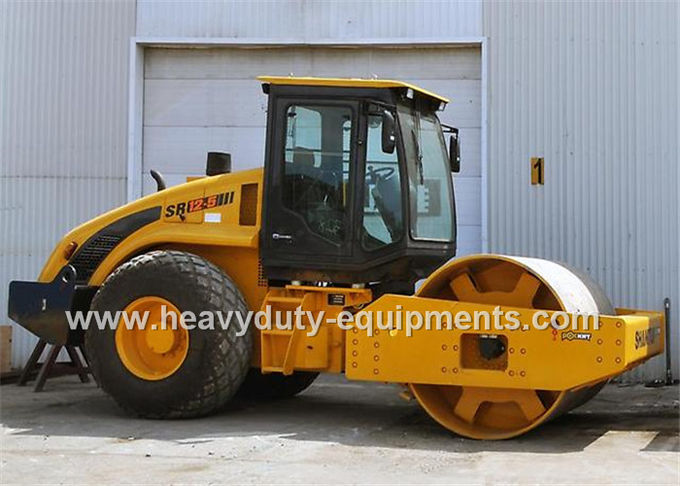 Shantui SR16 single drum road roller with compacting width 2140mm, 112kw cummins engine