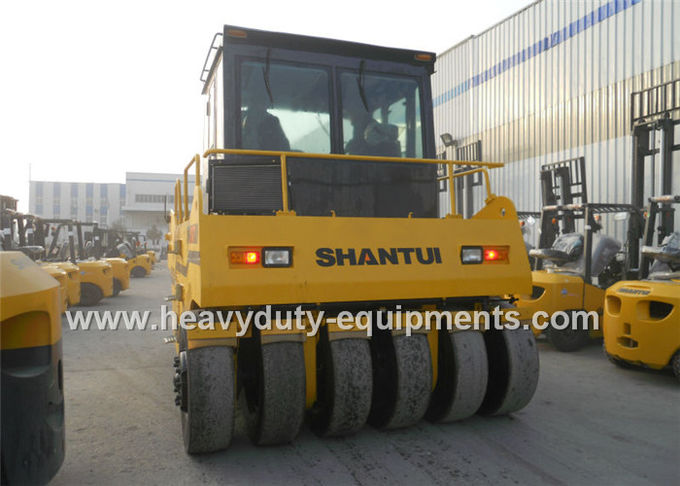 Shantui SR26T heavy duty wheel road roller with 145000 kg operating weight and Shangchai engine